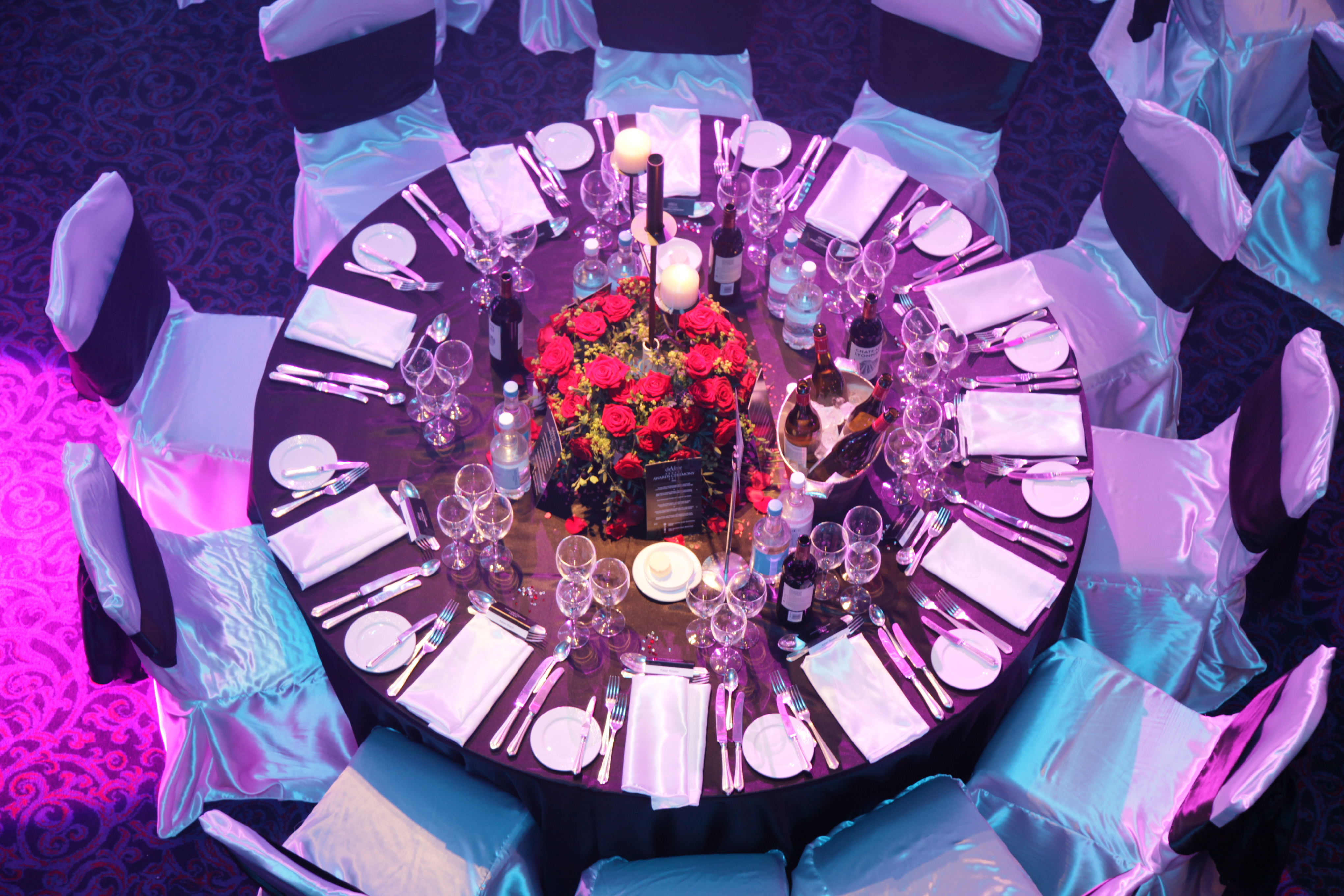 Gallery devere awards ceremony linen hire chair cover for Award ceremony decoration ideas
